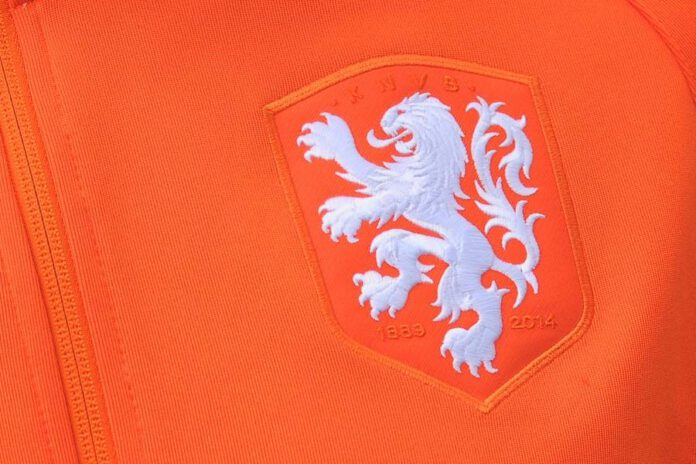 Nederlands elftal leeuw op shirt