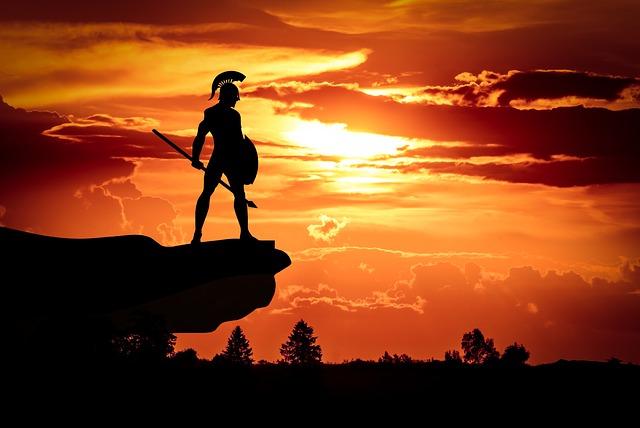 Spartaanse krijger in oudheid op rots